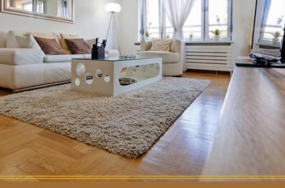 interior rumah minimalis ala korea menggunakan lantai vinyl