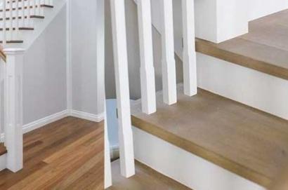 vinyl tangga motif kayu